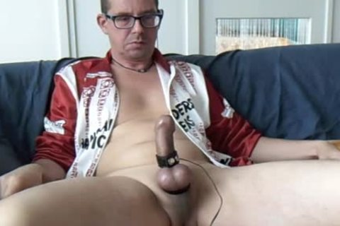 Masturbating With Estim And Poppers, also A Bit Of Sounding bdsm. Great spunk flow In My Bicycle Lycra Of Hans Anders Opticiens.
